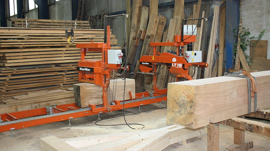The combination of the LT15 sawmill with the MP100 moulder planer